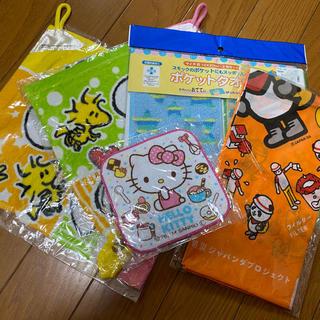 ハローキティ(ハローキティ)のキャラクター色々 お給食セット スヌーピー キティ ステッチ他(キャラクターグッズ)