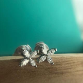 Tiffany & Co. - ティファニー ビクトリアピアス ミニ?スモール?