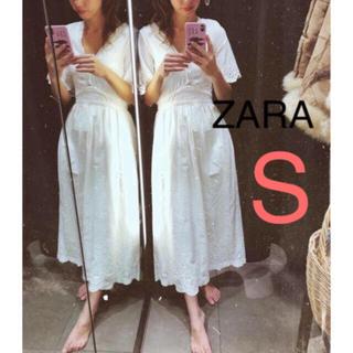 ザラ(ZARA)のZARA レースワンピース 刺繍入り アンティーク(ひざ丈ワンピース)