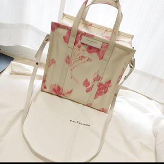Balenciaga - 激レア バレンシアガ トートバッグ  ショルダーバッグ シルク 花柄