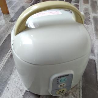 ゾウジルシ(象印)の象印 炊飯器 三合(炊飯器)