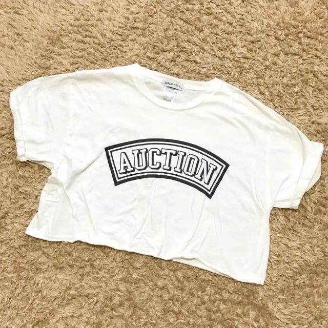 SPINNS(スピンズ)の短め 半袖Tシャツ レディースのトップス(Tシャツ(半袖/袖なし))の商品写真