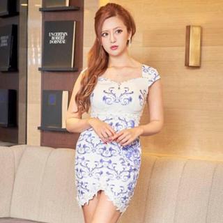 デイジーストア(dazzy store)の薔薇柄裾レースタイトミニドレス【キャバドレス/Mサイズ】(ナイトドレス)