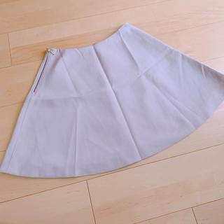 ガリャルダガランテ(GALLARDA GALANTE)の張感のあるスカート(ひざ丈スカート)