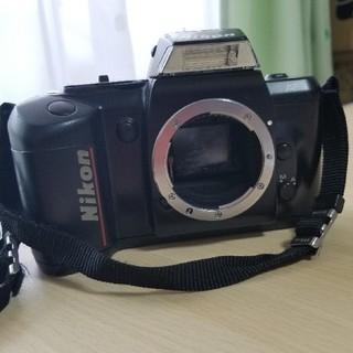ニコン(Nikon)のNIKON F-401 (フィルムカメラ)