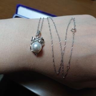 プラチナの真珠ネックレス