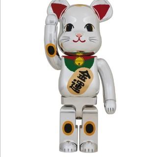 MEDICOM TOY - 【新品未使用】BE@RBRICK ベアブリック 招き猫 銀メッキ 弐 1000%