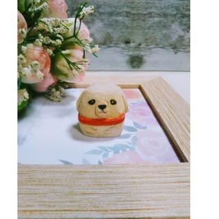 白犬(いぬ、イヌ)の木彫り、干支飾り(戌年)、彫刻、置き物(彫刻/オブジェ)