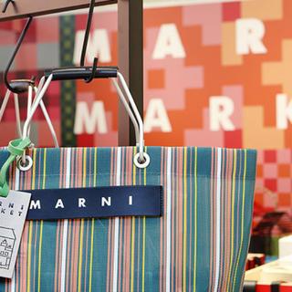 マルニ(Marni)の大人気! マルニマーケット ショッピングバッグ(トートバッグ)
