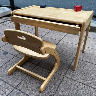 子供用 机と椅子(学習机)