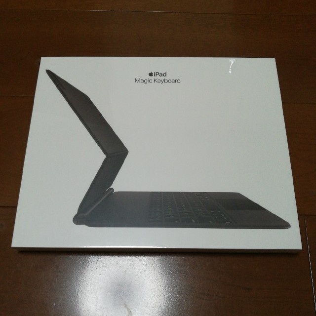Apple(アップル)のApple Magic Keyboard 12.9インチiPadPro 日本語 スマホ/家電/カメラのPC/タブレット(PC周辺機器)の商品写真