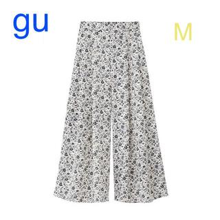 GU - ❗️sale❗️GU 花柄イージースカンツ ワイドパンツ 白 M