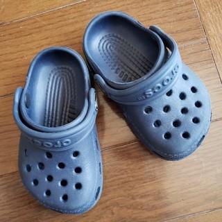 クロックス(crocs)のcrocs 12㎝ ネイビー(サンダル)