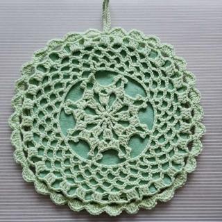 ハンドメイド 手編み鍋敷き(キッチン小物)