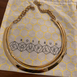 ローズバッド(ROSE BUD)のROSEBUD COUPLESゴールドチョーカーネックレス(ネックレス)
