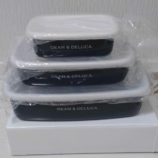 DEAN & DELUCA(ディーンアンドデルーカ)の新品未使用‼︎■DEAN&DELUCA  ホーローコンテナ3サイズセット 送料込 インテリア/住まい/日用品のキッチン/食器(容器)の商品写真