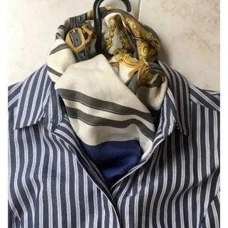 エルメス(Hermes)の世界で一番売れたスカーフ ブルー エルメス カレ90 スカーフ(バンダナ/スカーフ)