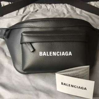 バレンシアガ(Balenciaga)のバレンシアガ ボディバッグ ウエストポーチ(ウエストポーチ)