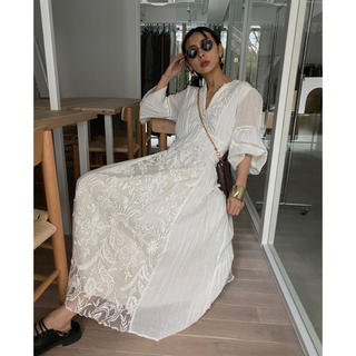Ameri VINTAGE - 最終値下げ☆ MEDI EMBROIDERY TULLE LACE DRESS