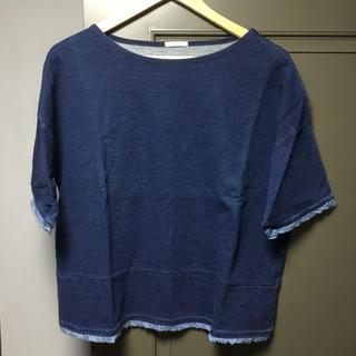 ジーユー(GU)の【新品・未使用】デニム風Tシャツ カットソー(Tシャツ(半袖/袖なし))