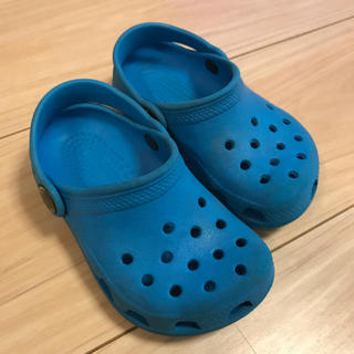 クロックス(crocs)のクロックス C6/7 ブルー(サンダル)