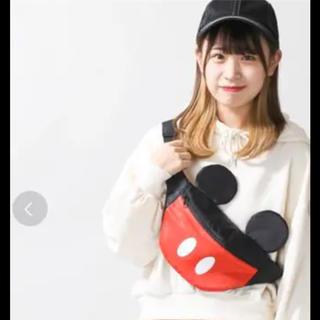 ディズニー(Disney)のミッキー 耳付きボディバッグ(ボディバッグ/ウエストポーチ)