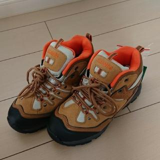 【新品】レディース登山靴 24.0(登山用品)