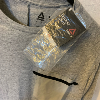 リーボック(Reebok)の【新品未使用】リーボック Tシャツ Lサイズ(Tシャツ/カットソー(半袖/袖なし))