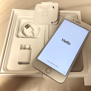 アイフォーン(iPhone)のiPhone7 Plus SILVER 256 GB SIMフリー(スマートフォン本体)
