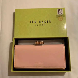 TED BAKER - 【新品未使用箱付き】TED BAKER テッドベーカー 長財布 白/ピンク