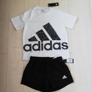 アディダス(adidas)のadidasアディダス Tシャツ・ショートパンツ(ウェア)