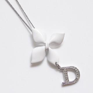 クリスチャンディオール(Christian Dior)のDiorクリスチャンディオール★シルバー×ホワイトネックレス★ロゴラインストーン(ネックレス)