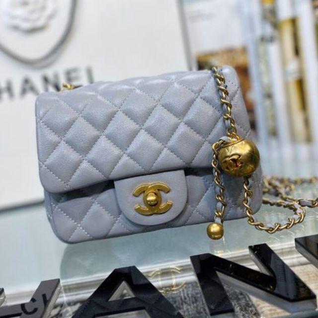 CHANEL(シャネル)の極美品❣️ シャネル ミニマトラッセ ショルダーバッグ レディースのバッグ(ショルダーバッグ)の商品写真