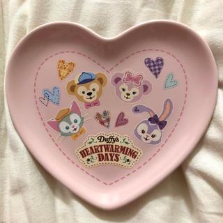 ディズニー(Disney)のディズニー ハートウォーミング バレンタイン スーベニア お皿 プレート ハート(食器)