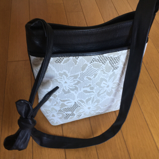 印傳屋 - 印伝バッグ