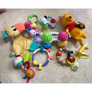 コンビ(combi)の赤ちゃんのおもちゃ(がらがら/ラトル)
