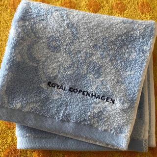ロイヤルコペンハーゲン(ROYAL COPENHAGEN)のロイヤルコペンハーゲンハンドタオルb花柄(タオル/バス用品)