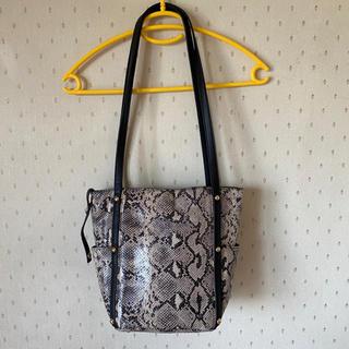 ガリャルダガランテ(GALLARDA GALANTE)のパイソン gallardagalante 鞄(ハンドバッグ)