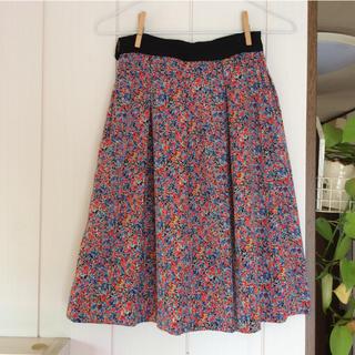 ミッシェルクラン(MICHEL KLEIN)のミッシェルクランの花柄スカート(ひざ丈スカート)