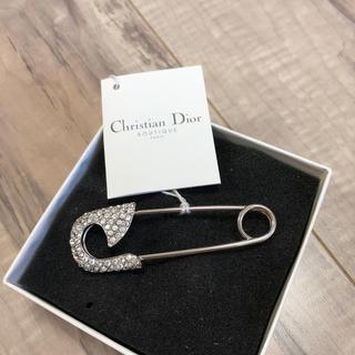 クリスチャンディオール(Christian Dior)のChristian Dior ブローチ(ブローチ/コサージュ)
