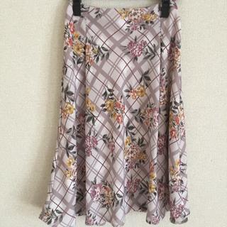 アールディールージュディアマン(RD Rouge Diamant)のRD  花柄フレアスカート(ひざ丈スカート)
