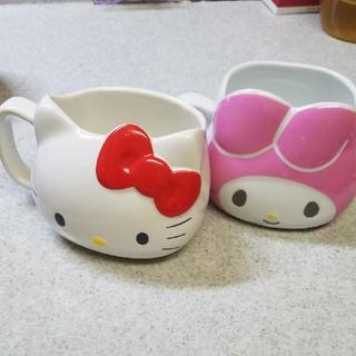 サンリオ(サンリオ)のキティーちゃんとマイメロディのマグカップ(キャラクターグッズ)