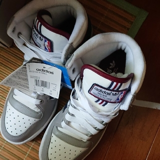 アディダス(adidas)のアディダスシューズ(スニーカー)