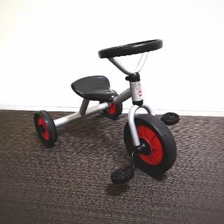 ボーネルンド(BorneLund)の【USED】ペリカンデザイン 三輪車 限定カラー(三輪車)