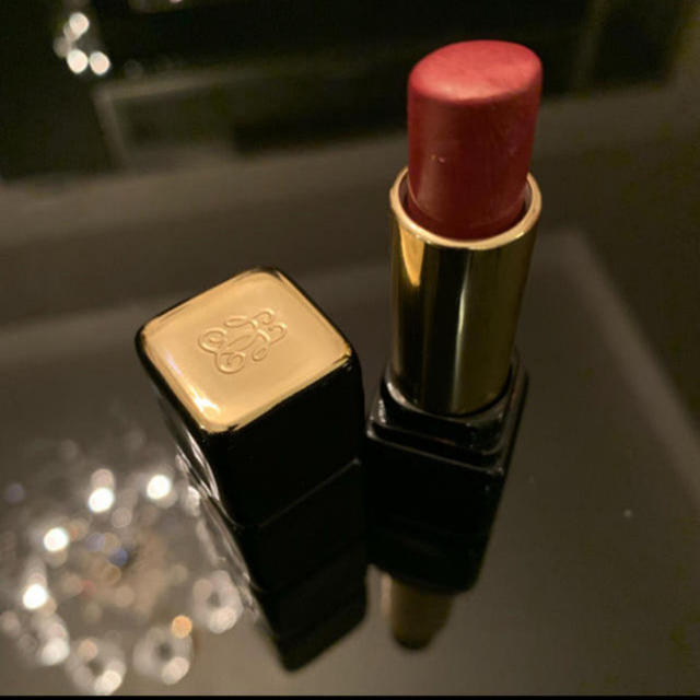 Yves Saint Laurent Beaute(イヴサンローランボーテ)の今月中まで出品❣️ハイブランド化粧品福袋3点セット✨ コスメ/美容のキット/セット(コフレ/メイクアップセット)の商品写真