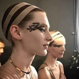 クリスチャンディオール(Christian Dior)のDior ディオール ヘアバンド ヘアアクセサリー ヘッドアクセ ヘアアクセ(ヘアバンド)