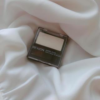 レブロン(REVLON)の新品▶︎レブロン パーフェクトリー ナチュラル ブラッシュ201(フェイスカラー)
