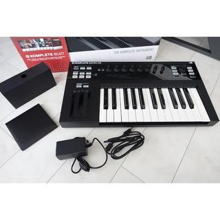 【DTM】キーボード KOMPLETE Kontrol S25 (MIDIコントローラー)
