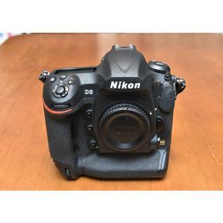 ニコン(Nikon)のニコン「D5」CF-Type ボディ 完動美品 ショット数:21,000枚以下(デジタル一眼)