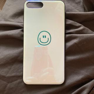 アパルトモンドゥーズィエムクラス(L'Appartement DEUXIEME CLASSE)のiPhone 7plus 8plusスマホケース ホワイトスマイル(iPhoneケース)